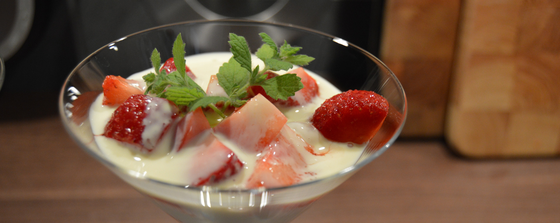 """Norwegian Strawberries"" with vanilla sauce"