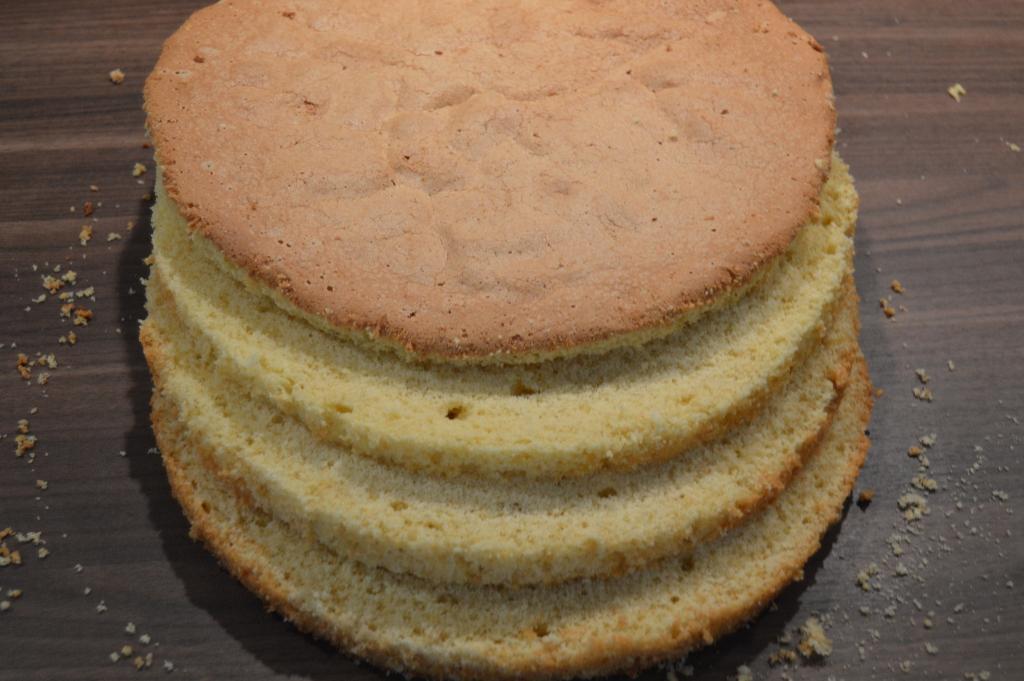 Norwegian Birthday Cake Part 1: Sponge